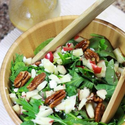 Arugula Salad with Goat Cheese and Candied Pecans Gluten Free