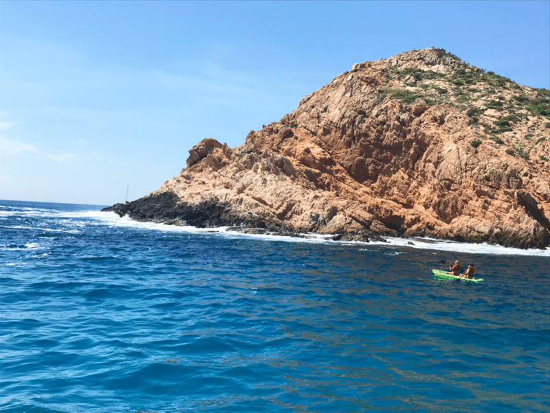 People kayaking in Cabo San Lucas.